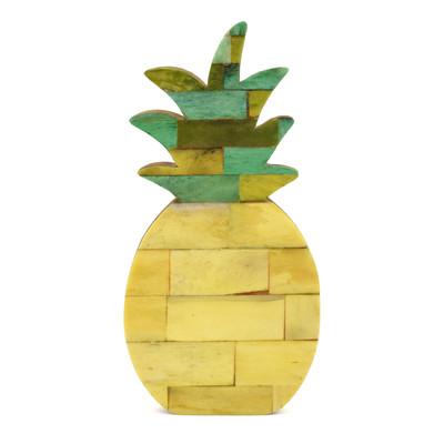 ボーン スタンド パイナップル